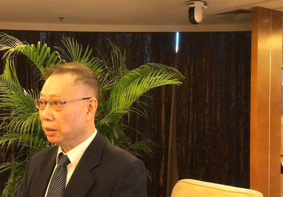 原卫生部副部长黄洁夫:换头术荒唐可笑 将追究责任