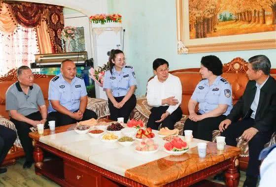公安部部长率调研组赴新疆,还有一项特别行程